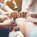 fuerza-personas-manos-exito-reunion_1150-1690